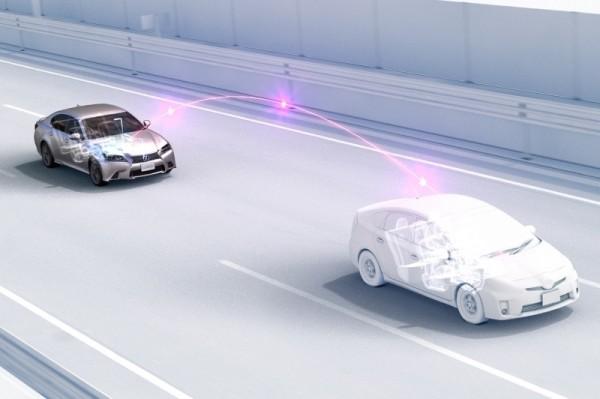 八家汽车厂商合作创建高安全的车对车通信技术