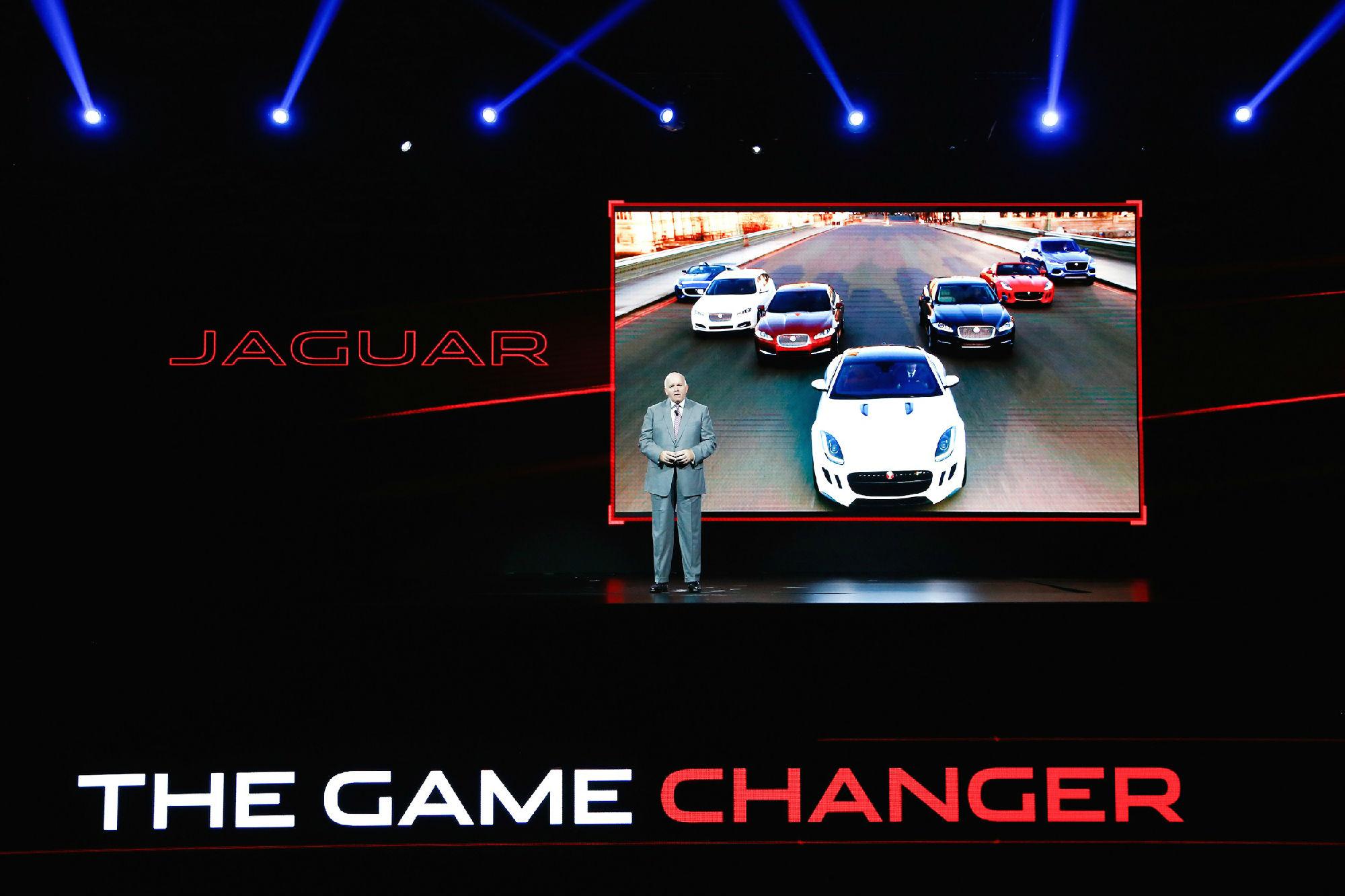 首款源自F-TYPE的四门轿跑——全新捷豹XE中国首秀
