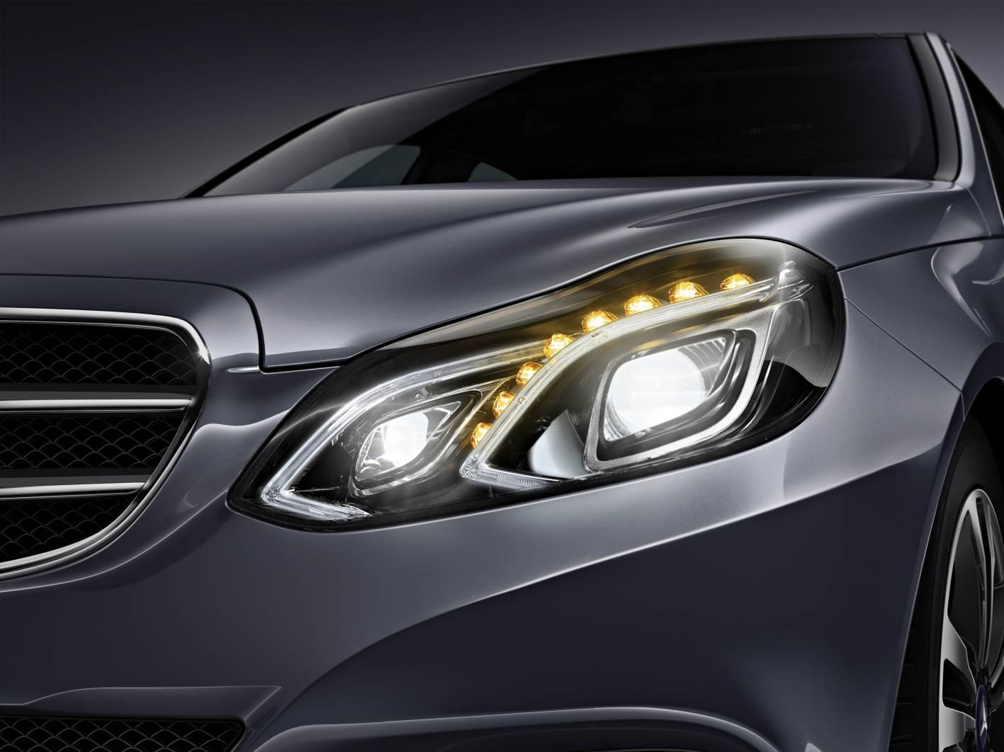 奔驰将推新一代LED灯,照射距离达到600米