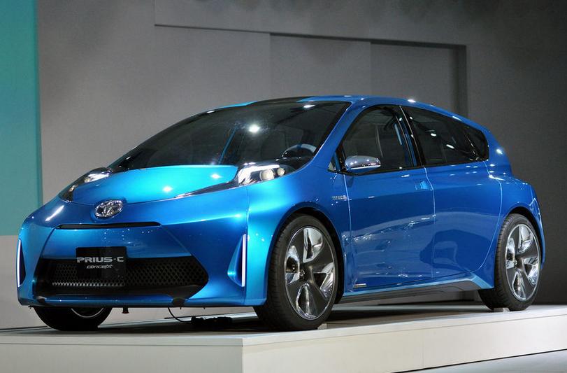丰田大力推进PHEV无线充电技术,最快将于2014年建立国际标准