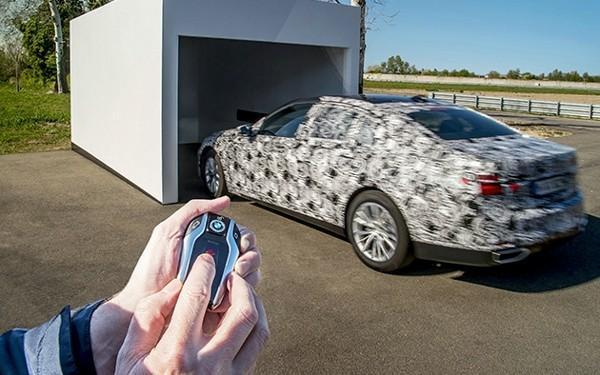 新款宝马7系将支持无人驾驶自动泊车