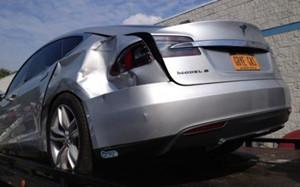 【一周动态】Tesla撞车疑似策划,李泽楷赢得Fisker债权竞标,混动无缘新能源补贴
