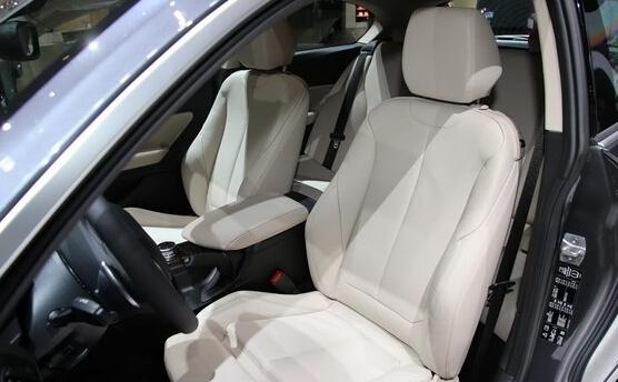 新BMW 1系首配车载电子商务平台