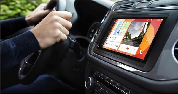 支持 CarPlay 和 Android Auto:Parrot 展示 RNB6 智能车载系统