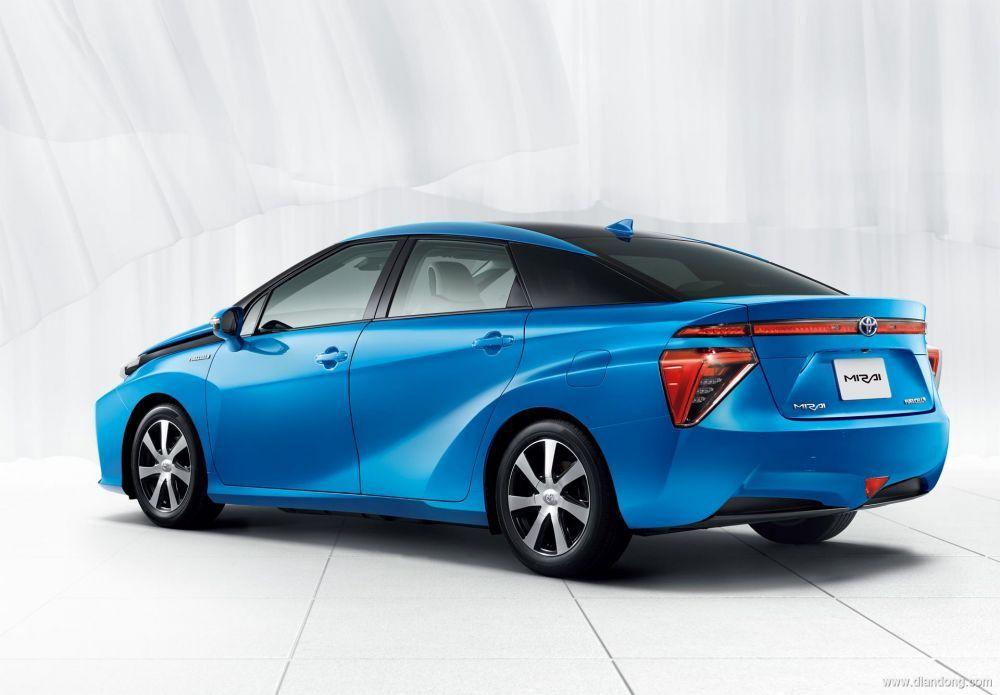 田发布燃料电池汽车Mirai,12月15日在日本开售高清图片